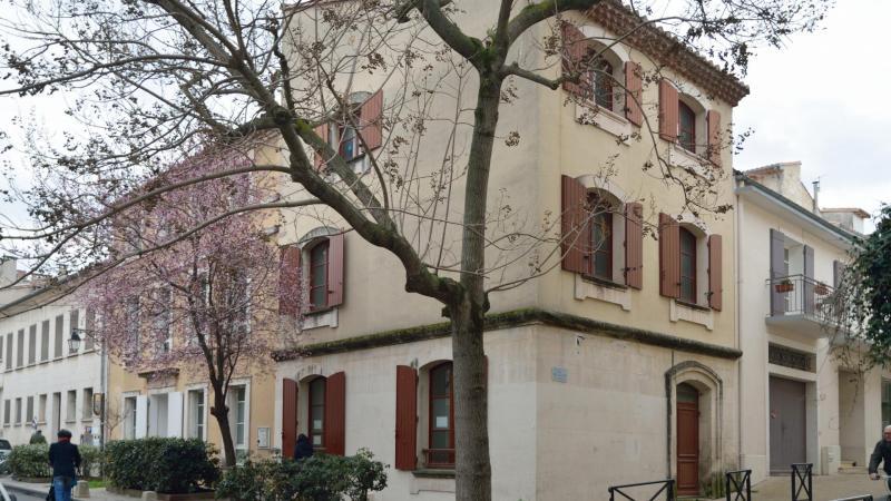 ARLES - 25 rue Fanton